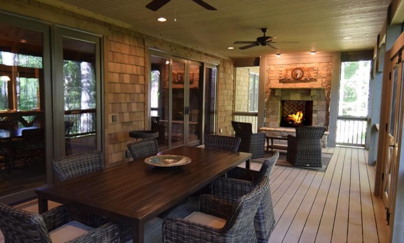 Back porch of house plan 1287 - the Hardesty