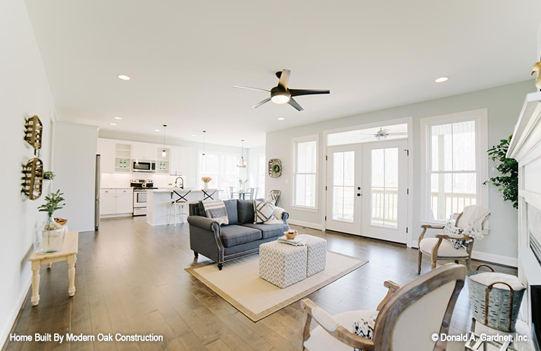 Great room photo of home plan 706 - The Courtney